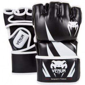 Guantes MMA Venum Challenger negro y blanco